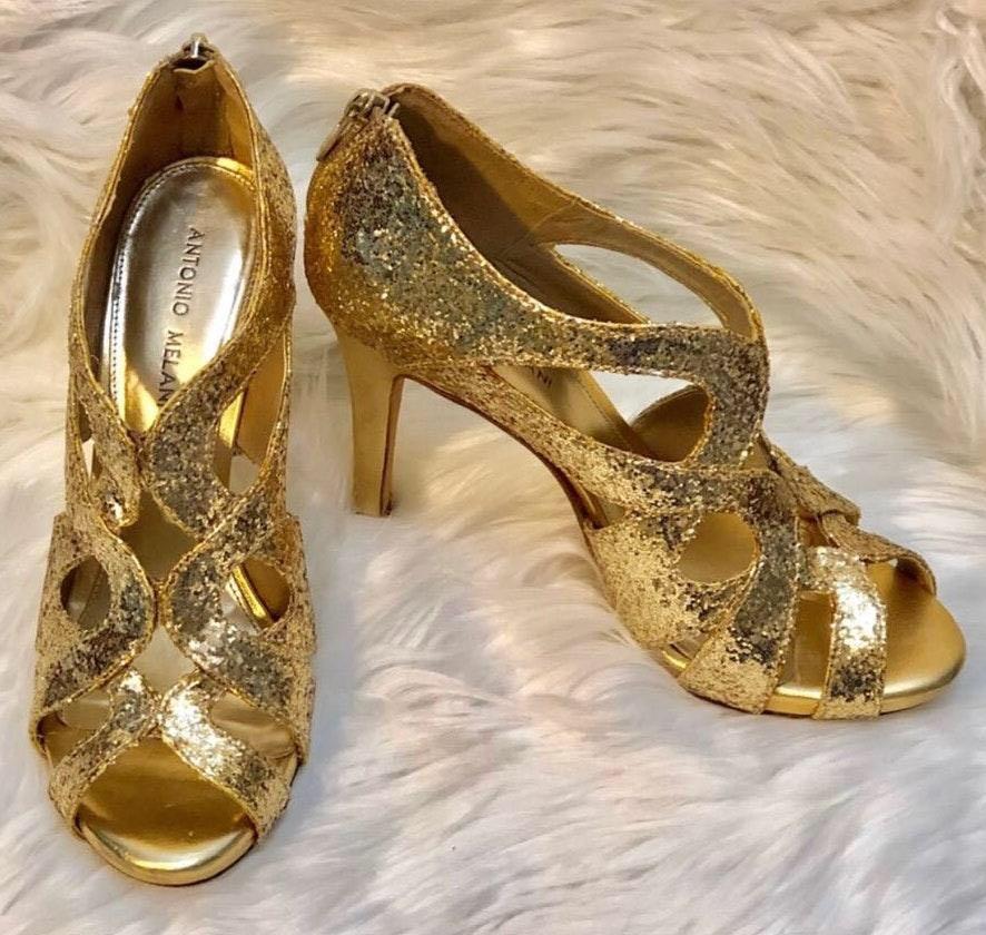 "Antonio Melani EUC  Gold ""Sparkle"" Heels..Size 8 1/2M"