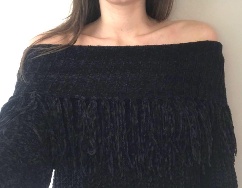 Loveriche Off The Shoulder Fringe Sweater