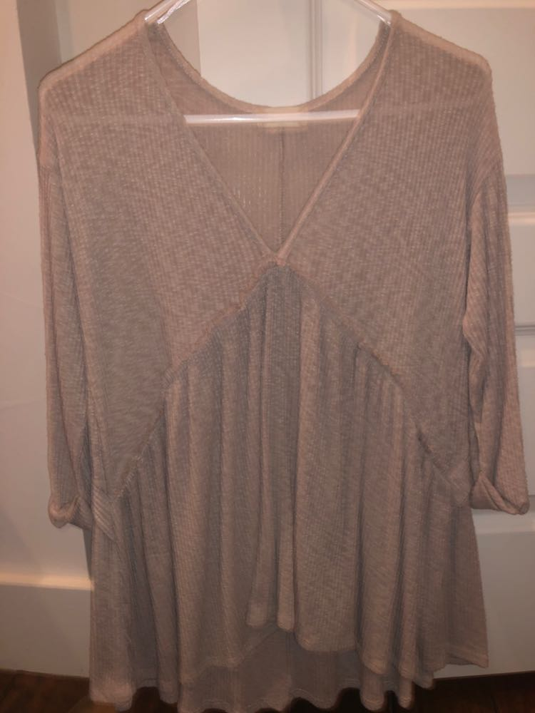 Altar'd State comfy but cute long sleeve with buttons on the back
