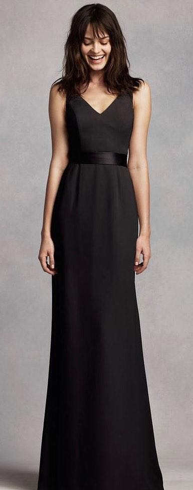 ecd524c53ed Vera Wang Black Long V Neck Gown