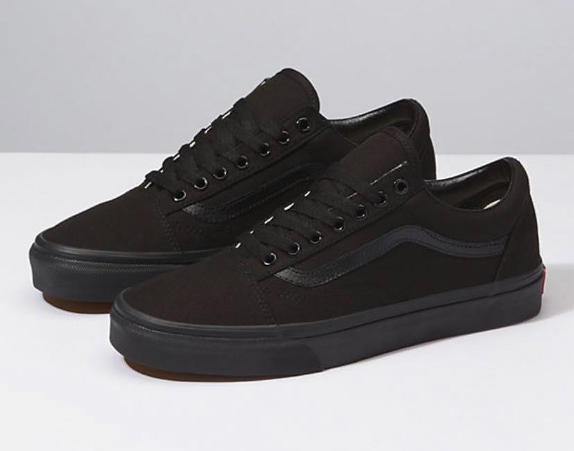 Vans NWOT BLACK OLD SCHOOL 67a07ae97