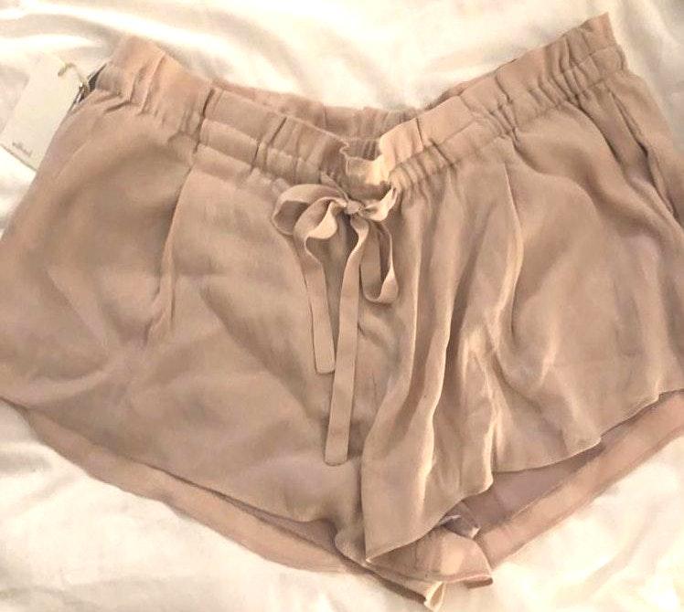 Aritzia Tan Shorts