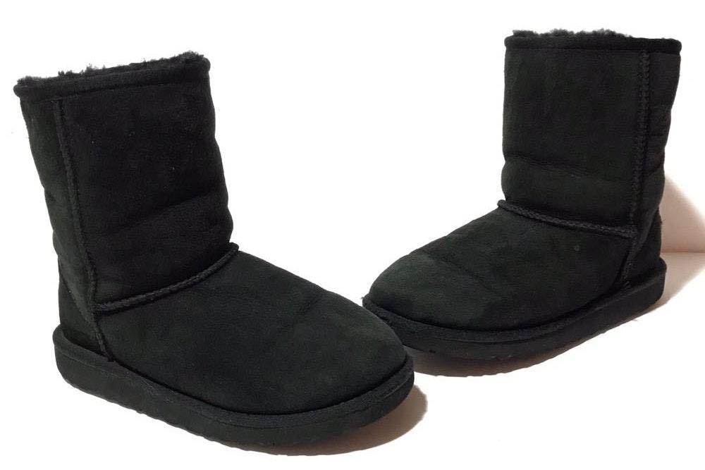 a8e0247e097 UGG Australia Black Classic Short Boots Size 5