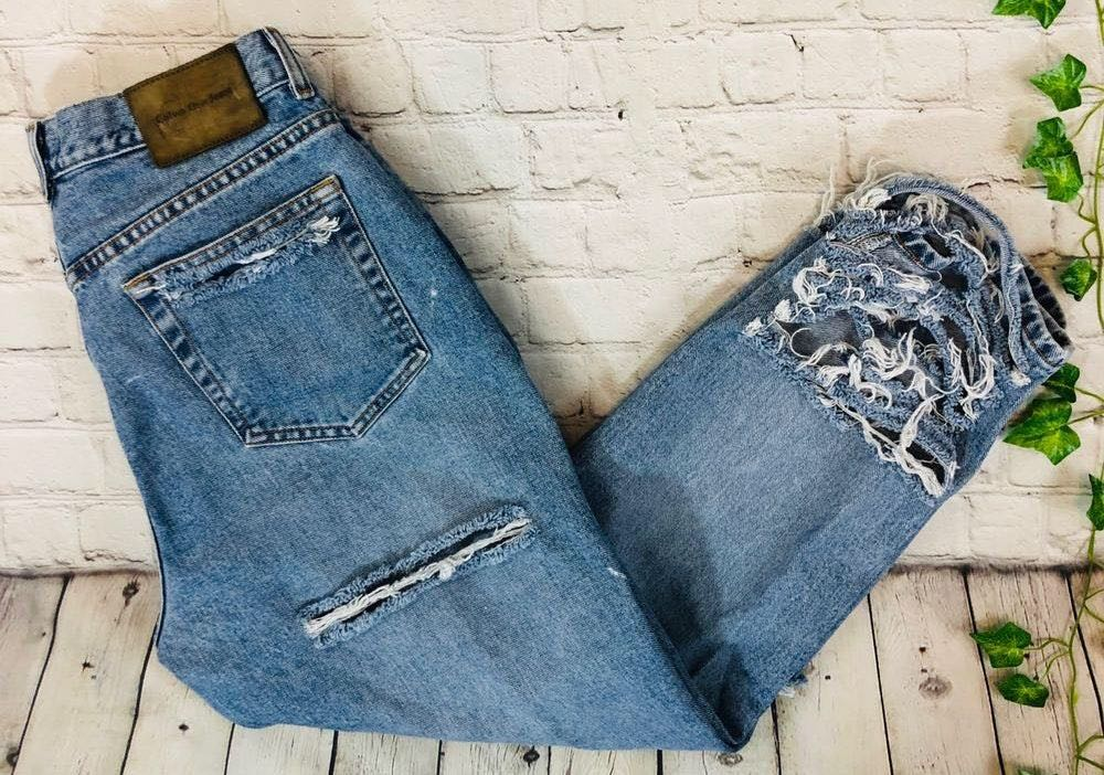 Calvin Klein Vintage  High Rise Distressed Tapered Relaxed Mom Jeans