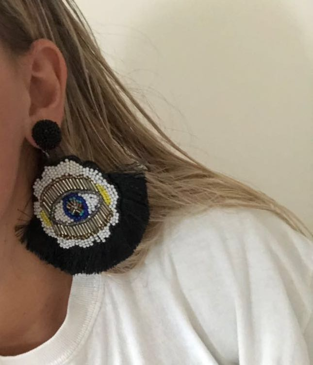 L👀king For A Good Time Tassel Earrings