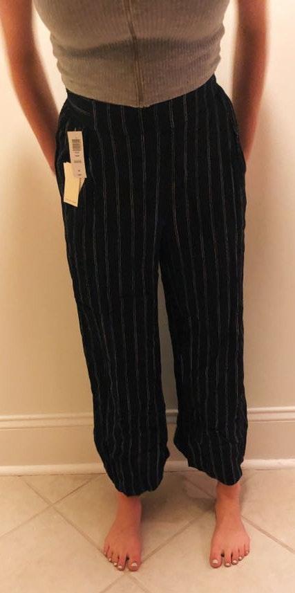 Aritzia Flowy Striped Pants