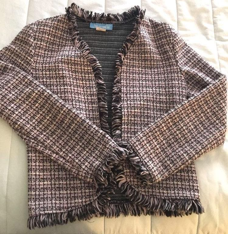 Periscope A Comfortable Classy Knit Sweater