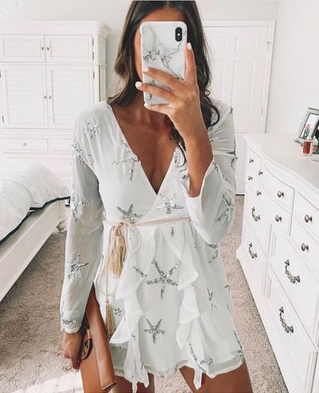 Goodnight Macaroon White Sequined Star Dress