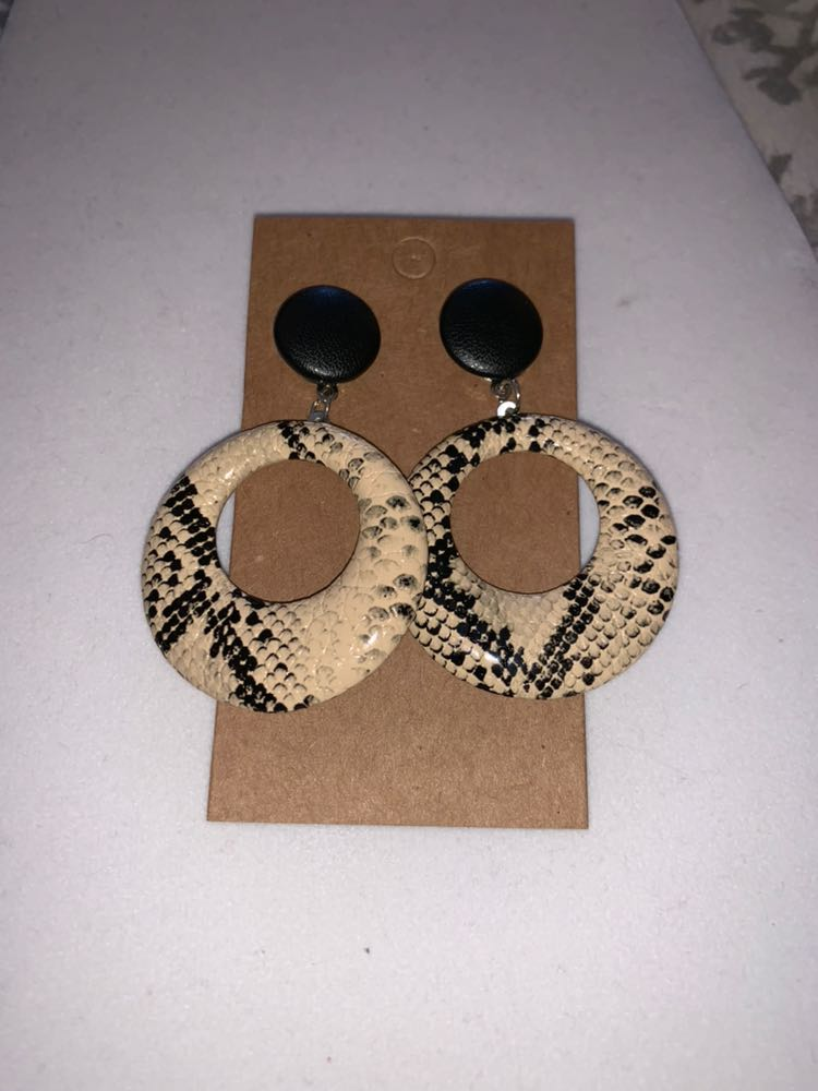 Cream Black Circle Snakeskin Earring