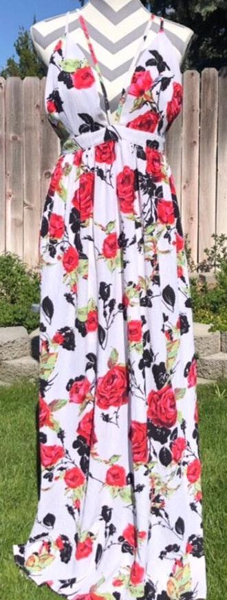 L'ATISTE Floral Maxi Dress