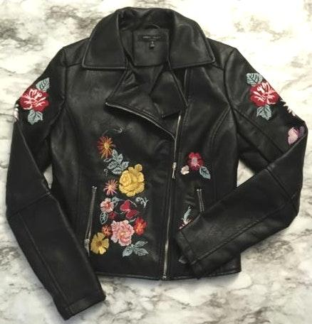 Romeo + Juliet Couture Romeo & Juliet Couture Floral Embroidered Jacket
