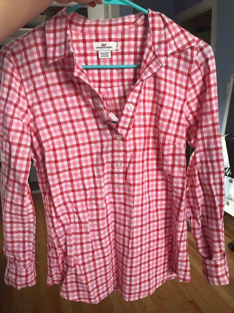 Vineyard Vines Pink plaid shirt