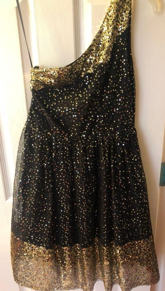f9a0a324182 XTaren Black And Gold Sequined Short Dress