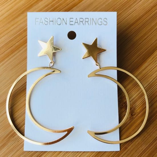 Moon And Star Drop Earrings Gold