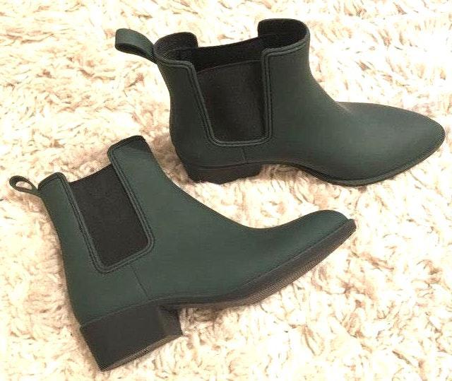 Steve Madden Army Green Short Rain Boots